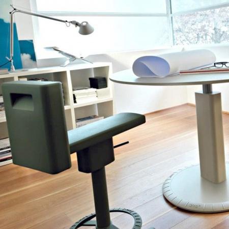tabouret-haut-360-stool-green-konstantin-grcic-magis
