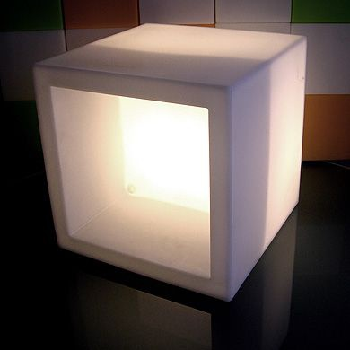 media_cube-lumineux-open-cube-slide_521