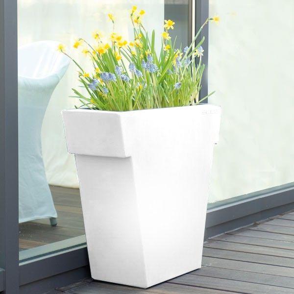 vase-il-vaso-light-white-slide