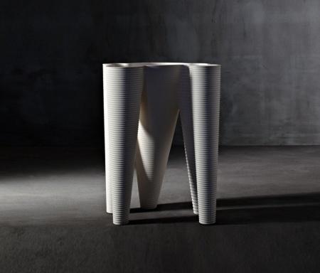 the-vases-b