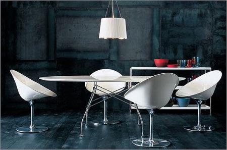 Table Glossy en acier chromé by Antonio Citterio 1049€
