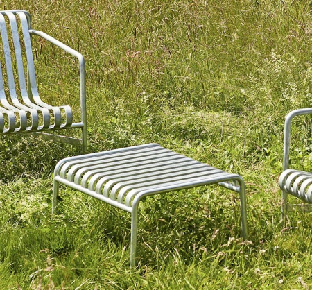 palissade-ottoman-hot-galvanised_-bouroullec-hay